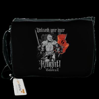 Motiv: Schultertasche - Unleash your inner Knight!